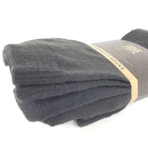 Frye Accessories - FRYE Supersoft Crew Socks NWT black size 5-10